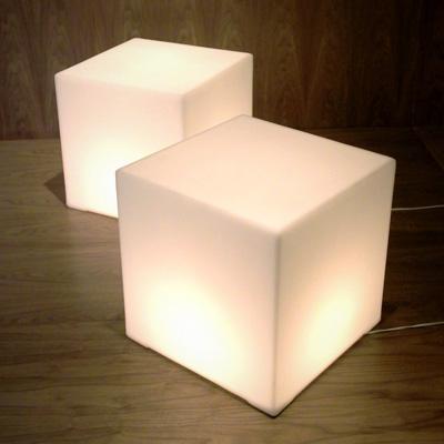 gus-lightbox1