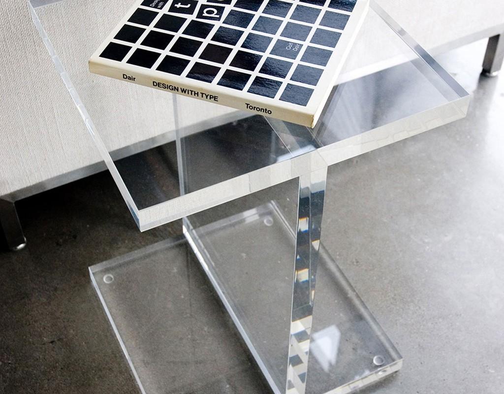 Acrylic-I-Beam-Table02_1024x1024