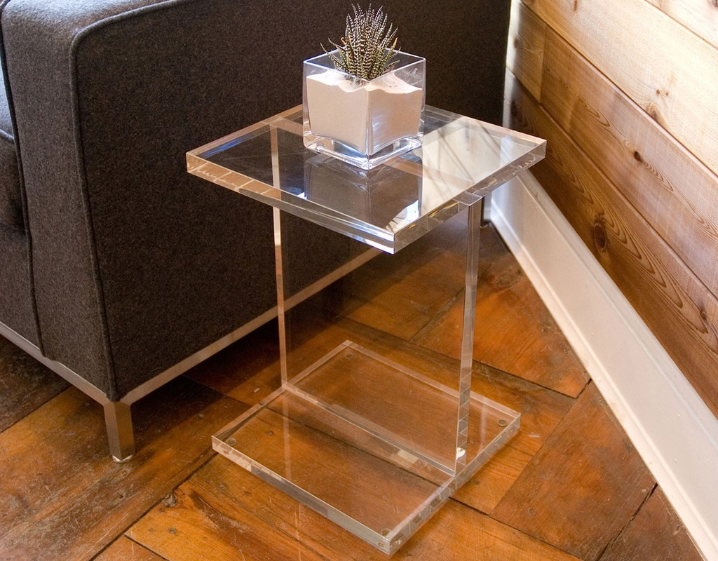 Acrylic-I-Beam-Table03_1024x1024