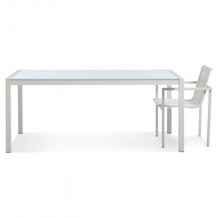 skiff-outdoor-modern-table-glass-with-chair
