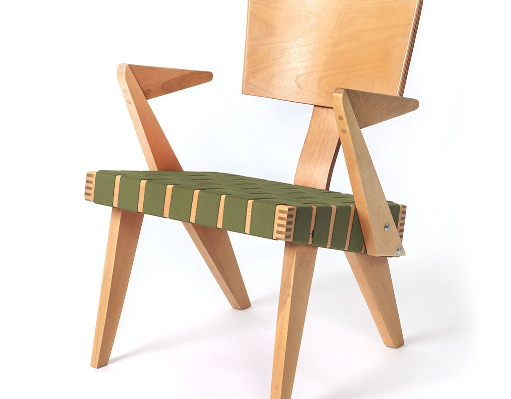 SpannerByGus_LoungeChairWithArms-Light_Birch-green_1024x1024
